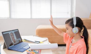 Internet & FPT Play - Combo học tập và vui chơi mùa giãn cách của trẻ.